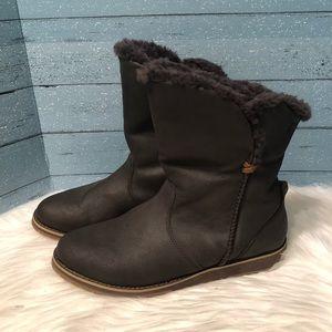 Emu winter boots Size 10